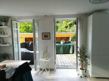 Exklusive, neuwertige 3-Zimmer-Wohnung mit Balkon in Tübingen-Bebenhausen