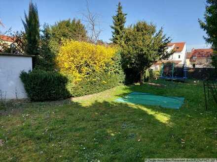 Gepflegtes 3-Fam.-Haus in beliebter Wohnlage in Eppelheim, 300-3444