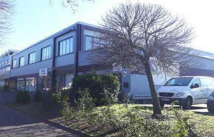 Attraktive Büro-/ Versammlungsstätte in verkehrsgünstiger Lage von Tannenbusch zu vermieten