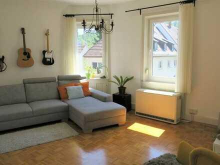 Sonnige und gepflegte 3-Zimmer-Altbauwohnung in ruhiger Lage in Stuttgart-Süd (Heslach)