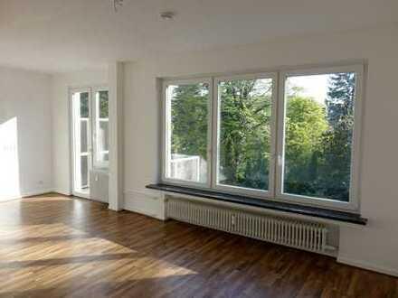 Nähe Eilenriede – Hermann-Löhns-Park – Tiergarten: Schöne & helle 3-Zi.-Wohnung mit Balkon