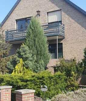 Ich suche für ein großes Haus mit schönem Grundstück und kleinen Restarbeiten einen neuen Eigentümer