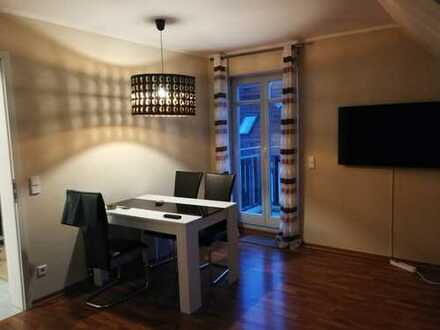 Gepflegte 3-Zimmer-DG-Wohnung mit Balkon und Einbauküche in Hohen Neuendorf