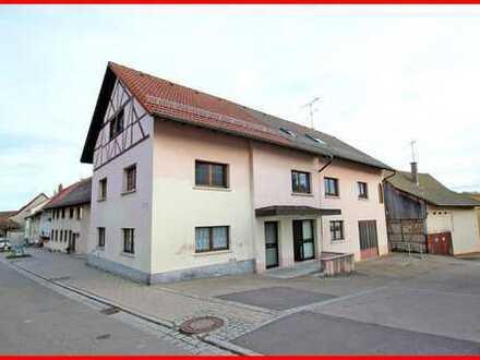 Mehrgenerationenhaus mit Treppenlift, Werkstatt und möglicher Geschäftsfläche im Herzen Lottstettens