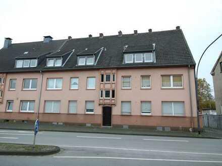 2 Raum Wohnung 53 qm, 1. OG
