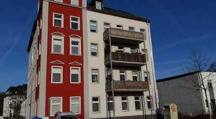 gemütliche 3-Zimmer-Wohnung unterm Dach, mit Fahrstuhl