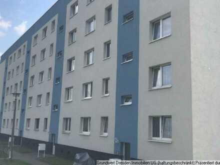 Günstige & Neu renovierte 2 - Zi - Whg mit Balkon in ruhiger Lage nahe Bautzen !
