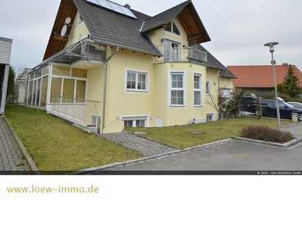 Familienfreundliches Haus mit getrennten Wohneinheiten