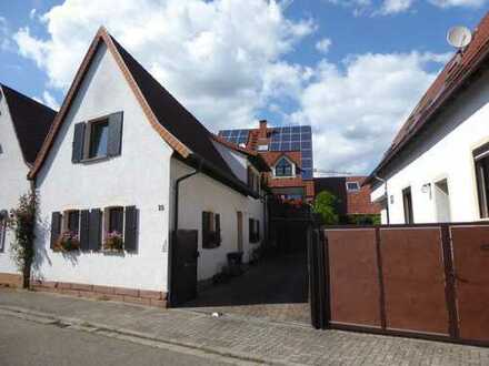 Schönes, geräumiges Haus mit vier Zimmern in Rhein-Pfalz-Kreis, Harthausen