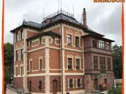 ZAUBERHAFTES Schlößchen +++ Hochwertig sanierte und bezugsfähige Villa zu verkaufen+++