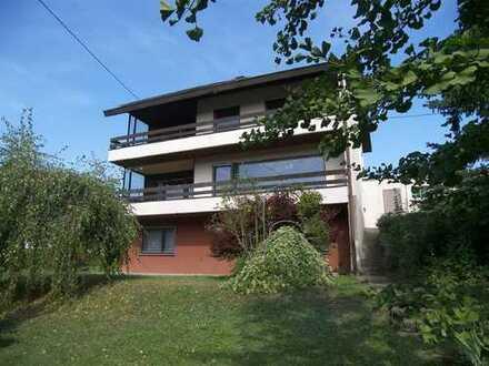 Einfamilienhaus mit Einliegerwohnung in herrlicher Aussichtslage von Baden-Baden-Varnhalt