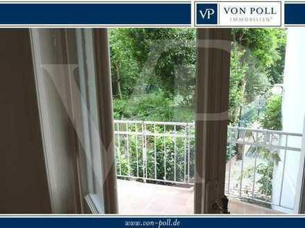 VON POLL - BAD HOMBURG: Zentrale 4-Zimmer-Wohnung mit Balkon nah am Park