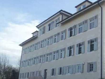 Schöne, geräumige zwei Zimmer Wohnung in Tübingen (Kreis), Rottenburg am Neckar