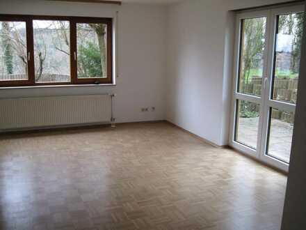 Möblierte 1-Zimmer-EG-Wohnung mit Terrasse und EBK in Birkenfeld