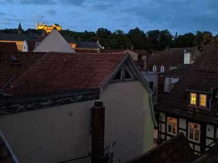 Helle 2-Zimmer-Dachgeschosswohnung im Zentrum von Coburg