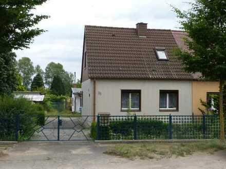 Charmante Doppelhaushälfte mit Ausblick
