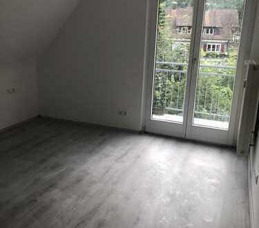 Schöne Wohnung komplett saniert, 5 Zimmer