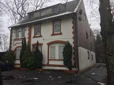 359.000 €, 320 m², 17 Zimmer