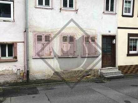 *Sanierungsobjekt in Amorbach!*