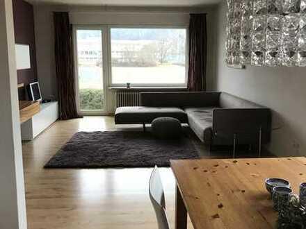 Modernisierte Wohnung mit drei Zimmern sowie Balkon und EBK in Bubenreuth