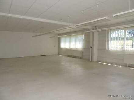 Gewerberäume für Lager, Produktion, Büro mit Aufzug zu vermieten!