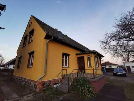 + + wunderschönes Bauernhaus mit viel Nebengelass sucht Eigentümer mit handwerklichem Geschick + +