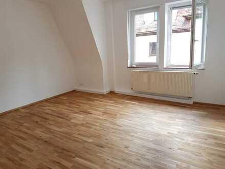 Attraktive 3-Zimmer-DG-Wohnung mit Balkon in Baden-Baden / Lichtental