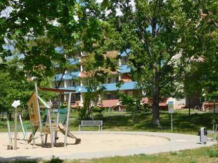 WBG- 4-Raum-Wohnung - Wohnen am Stadtrand & Kraxelbonus!