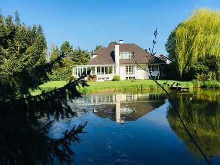 Traumhafte Villa mit eigenem Teich! Es gibt nichts vergleichbares in der Umgebung!
