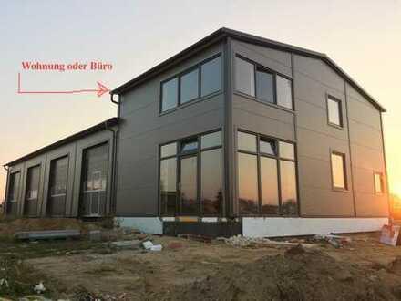 Großzügiges Grundstück mit Überdachung, optional mit Wohnung bzw Büro