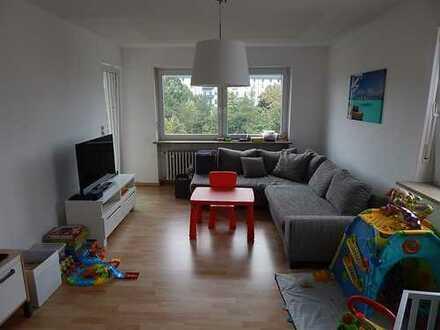 Vollständig renovierte 4-Zimmer-Wohnung mit Balkon in Würzburg