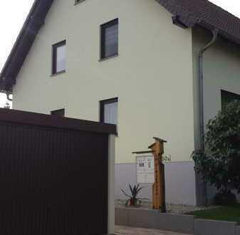 Gepflegte 3-Raum-Wohnung mit Balkon Am Ettersberg in Kleinobringen