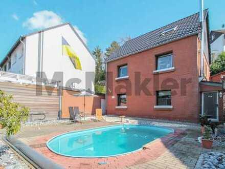 Gepflegtes Einfamilienhaus mit Einliegerwohnung oder Büro in Mülheim-Winkhausen