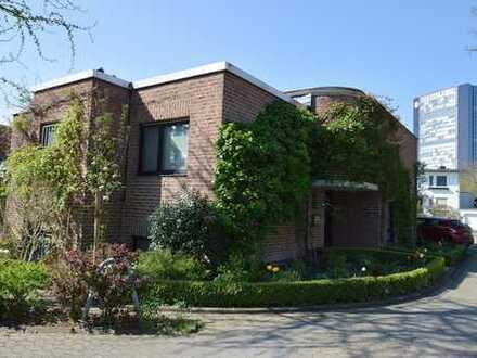 Außergewöhnliches Einfamilienhaus in ruhiger Lage!