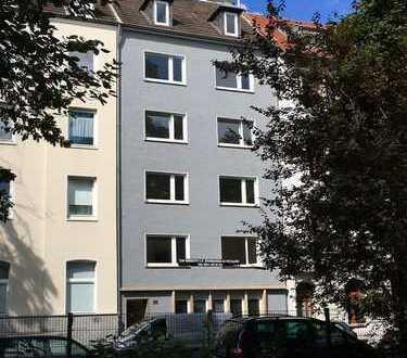 Moderne Frauen-WG-Zimmer in beliebte Studentenviertel (Frankenberg)