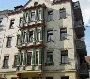 Sehr schöne, helle 3-Raum-Wohnung mit Balkon, zentrumsnah und WG-geeignet