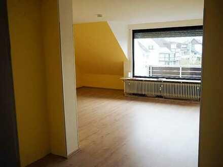 Schöne und helle vier Zimmer Wohnung in Offenbach (Kreis), Mühlheim am Main
