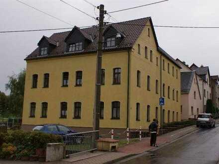 Preiswerte, sanierte 3-Zimmer-Wohnung zum Kauf in Gersdorf