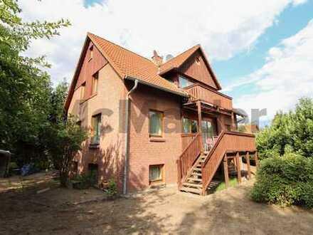 Hier haben Träume Platz: Gepflegtes Wohnhaus mit bis zu 3 WE, 2 Balkonen und Garten in Nettelnburg