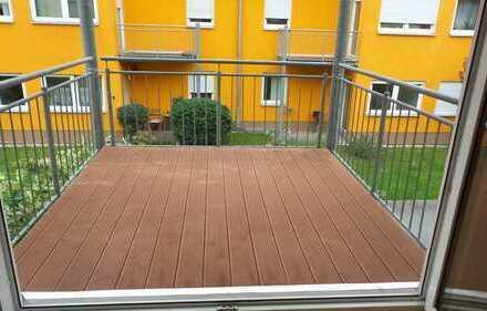 1.Raumwohnung mit Großen Balkon und Stellplatz in ruhiger Wohnanlage