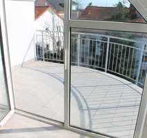 Sonnendurchflutete 2 Zimmer Whg. mit Abstellraum und 2 großzügigen Balkonen für erholsame Stunden