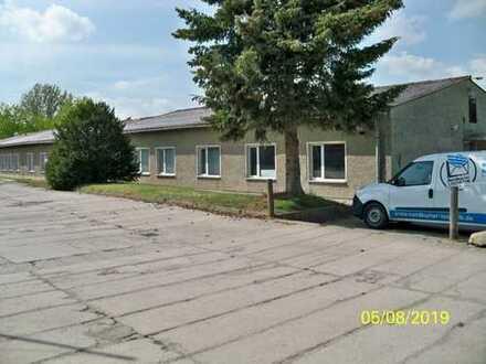 Gewerbegrundstück mit Wohn-und Geschäftshaus und Nebengebäuden zu verkaufen