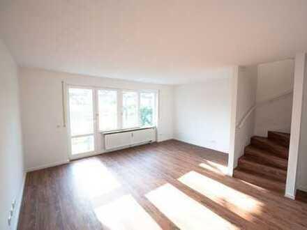 Stilvolle, vollständig renovierte 5-Zimmer-Maisonette-Wohnung mit Terasse in Johanneskirchen München