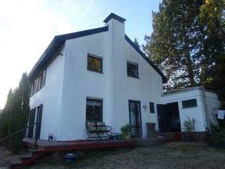 Schönes, naturnahes Haus mit fünf Zimmern in Main-Kinzig-Kreis, Maintal