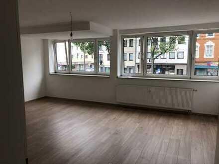 Exklusive, sanierte 3-Zimmer-Wohnung mit Terrasse in Lindenthal