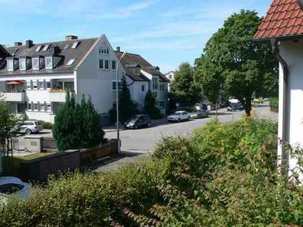 Exklusive, gepflegte 2-Zimmer-Wohnung mit Balkon und Einbauküche in Aubing, München
