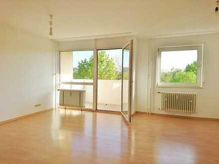Helle 2-Zimmer Wohnung mit Blick ins Grüne