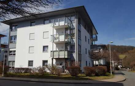 Weißenborn! Attraktive Zwei-Raum-Wohnung am Stadtwald, Küche mit Fenster, Balkon, TG-Stellplatz