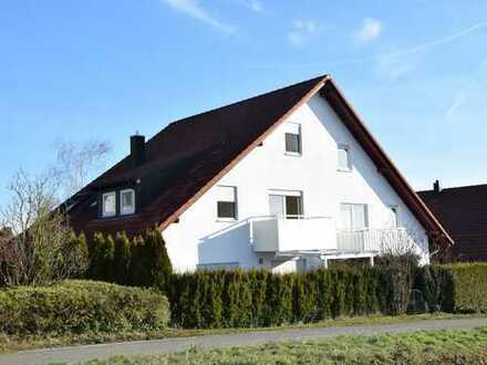 Doppelhaushälfte in bester Randlage mit kleinem Garten und tollem Ausblick