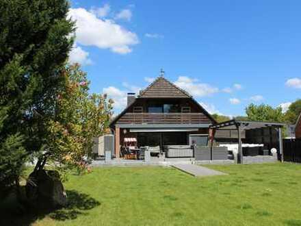 Einziehen und wohlfühlen! Elegantes Einfamilienhaus auf großem Eigentumsgrundstück in Adendorf